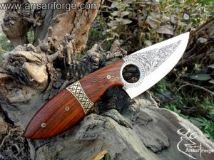 Knife engraving